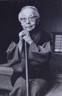 野上弥生子の写真、名言、年表、子孫を紹介